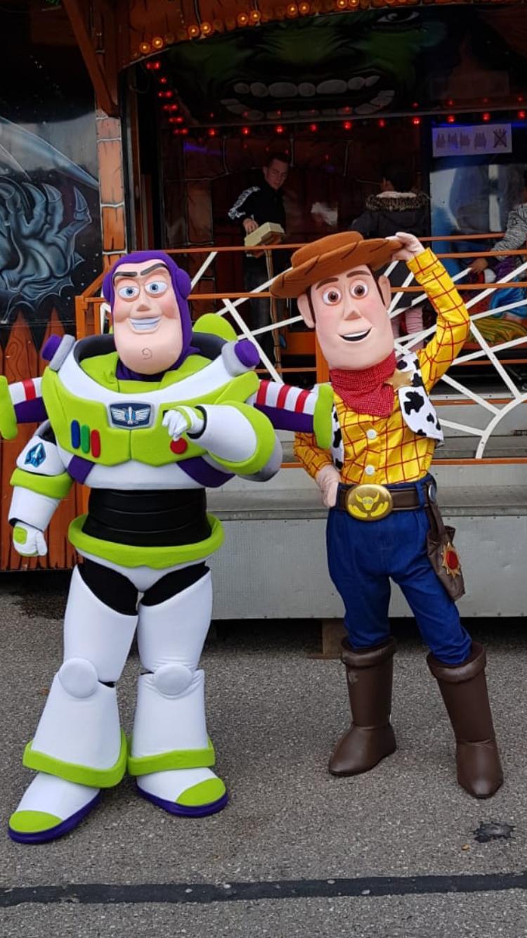 Sheriff Woody en Buzz Lightyear van Toy Story